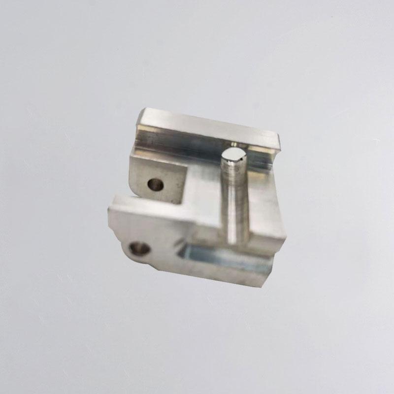 Апрацоўка алюмініевага блока з ЧПУ