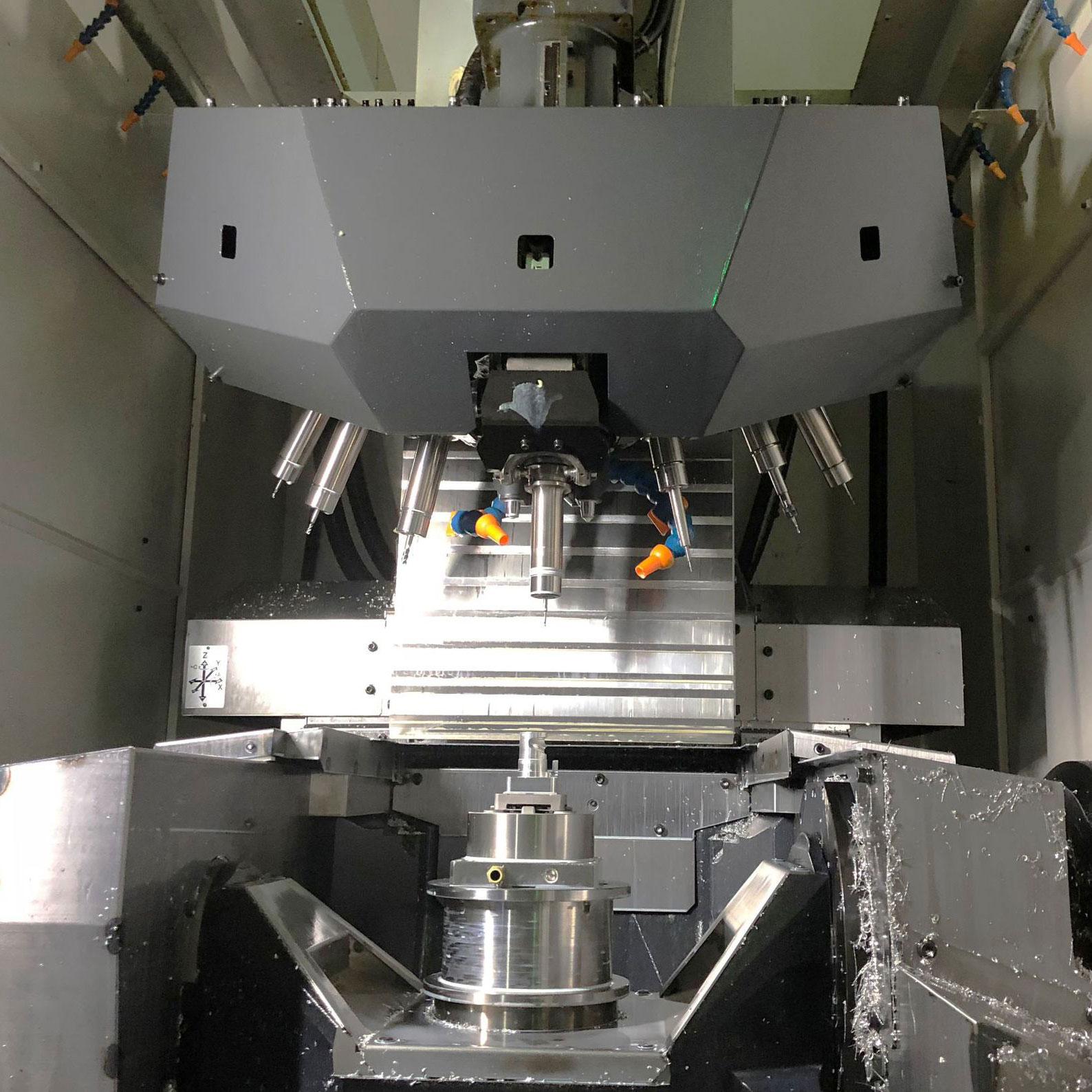 Partijiet bil-makkinarju CNC 5 assi għall-metall u l-plastik